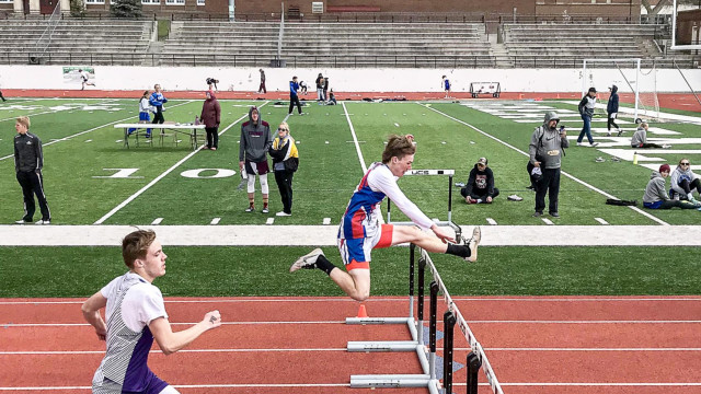Titans, Bearcats track and field get ready for districts